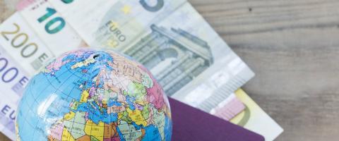 Payer à l'étranger: à savoir avant de partir | Touring